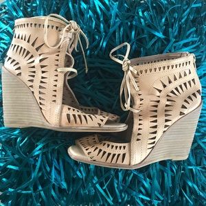 Jeffrey Campbell Rodillo Cut Out Tan Wedges - Sz 6